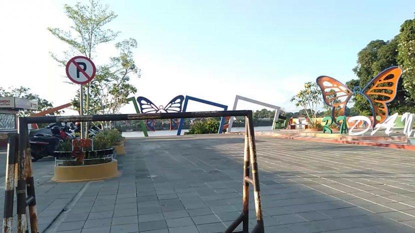 ruang-terbuka-publik-danau-sipin.jpg