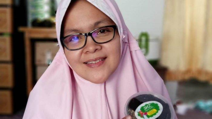 Lili Triana Memilih Berhenti Mengajar dan Mendirikan 3HZ Cake n Cookies