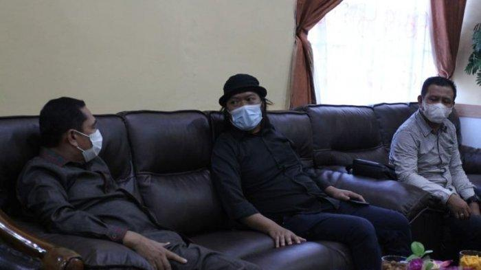Wawancara Eksklusif Abdullah Ketua DPRD Tanjab Barat, Berawal Dari Kepala Desa