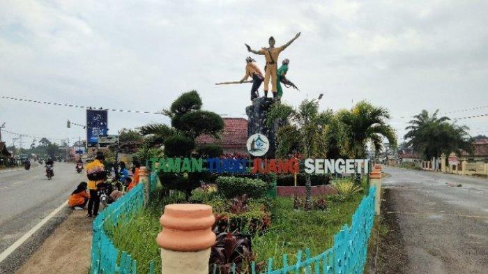 Kelurahan Sengeti di Kabupaten Muarojambi merupakan basis perjuangan dari pihak TNI dan masyarakat sipil.