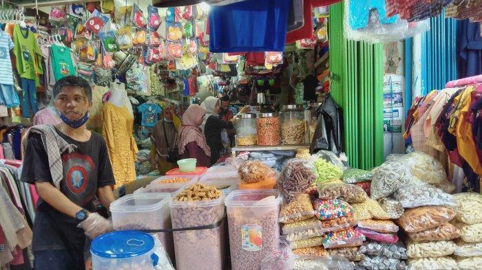 Saat Pedagang Kue Kering di Pasar Jambi Bertahan di Kala Pandemi, Kini Merambah ke Penjualan Online