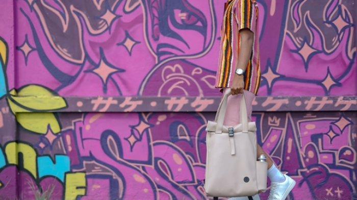 Narai Tottepack Brand Lokal Jambi, Ciptakan Tas Milenial Dengan Empat Gaya Pemakaian Yang Stylish