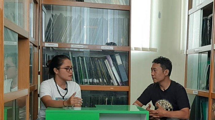 Kisah Yohana, Jadi Fasilitator Pendidikan Anak Rimba, Ceritakan Keseharian Hidup di Rimba