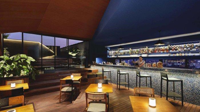Santai Seru di 11/12 Rooftop Bar Artotel Gajahmada Semarang