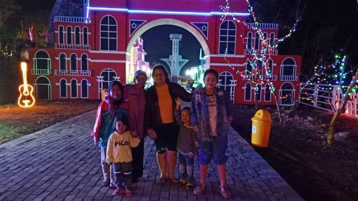 Nikmati Gemerlap Lampu Taman Bunga di Celosia Happy Night
