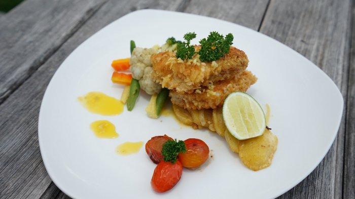 Patra Semarang Manjakan Tamu Melalui Menu Kreasi Ikan Nila Bernama Fillet Fish Miunierre