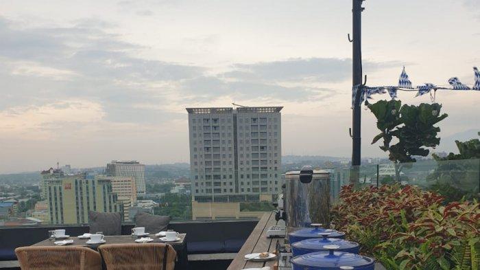 Tawarkan Pengalaman Baru, Artotel Gajahmada Semarang Hadirkan Sarapan di Rooftop