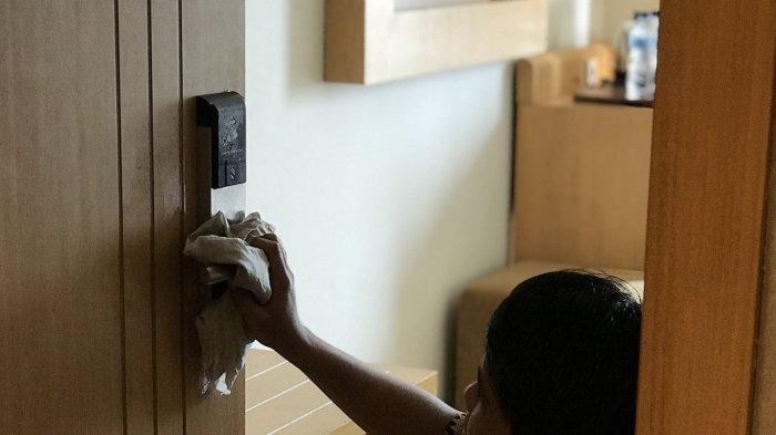 Tindakan Preventif Star Hotel Semarang Hadapi Penyebaran Virus Corona, Petugas Cek Suhu Tubuh Tamu