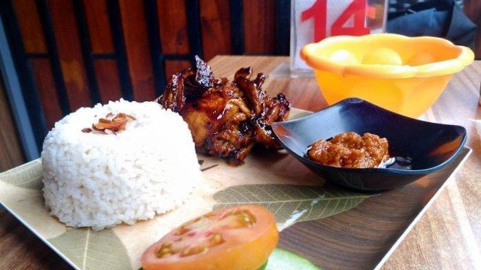 Yuk Cobain Ayam Bakar Teh Jawa Cafe di Gramedia Jalan Pandaran Kota Semarang, Hanya Rp 30 Ribu