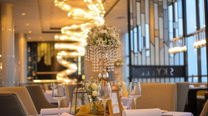 Skyline Restaurant Menawarkan Makan Malam Romantis Bertema 'Paradiso Dell' Amor' Rp 1,5 Juta/Pasang