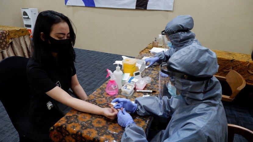 Aston Inn Pandanaran Semarang Adakan Rapid Test Bagi Karyawan, Demi Melaksanakan Protokol Kesehatan