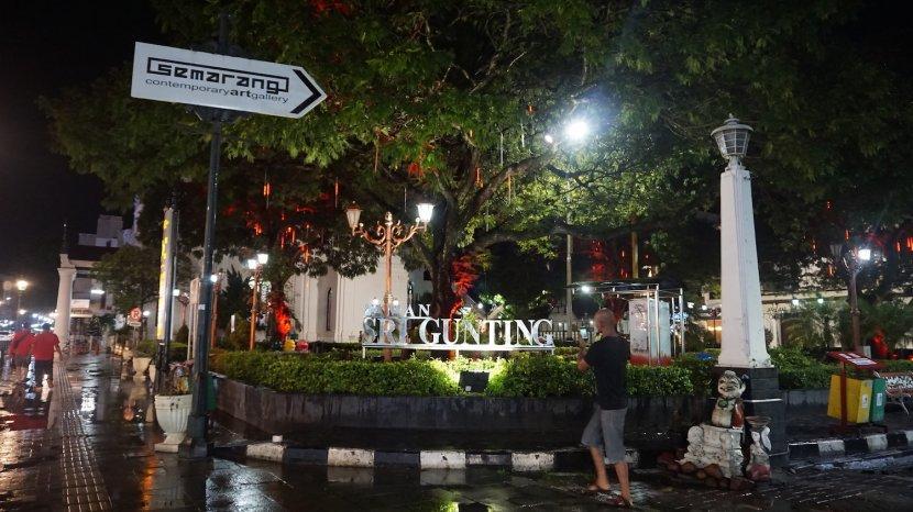 Meski Hujan, Kota Lama Tetap Diminati Pengunjung, Ada Fasilitas Wifi Gratis dan Sewa Sepeda-Otoped