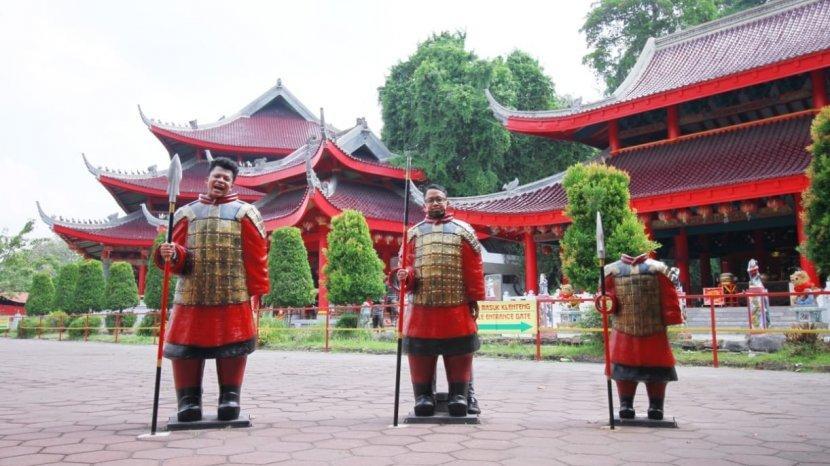 Ingin Berwiasata ke Klenteng Sam Po Kong? Ini Protokol Kesehatan yang Harus Diikuti