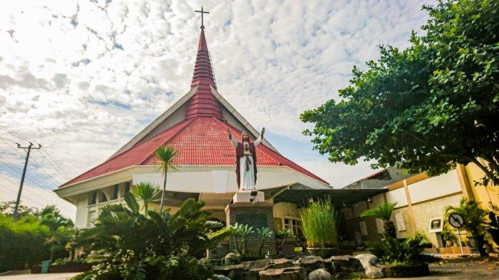 Gereja Hati Kudus Yesus Tanah Mas