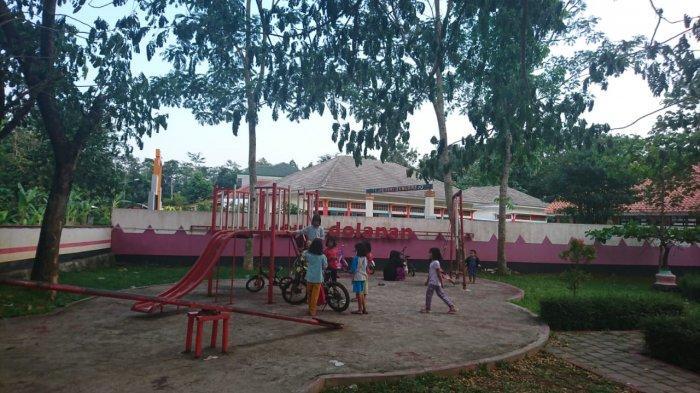 Inilah Fasilitas di Taman Amongrogo, dari Bangku Taman hingga Arena Bermain Anak