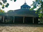 masjid-kiai-sholeh.jpg