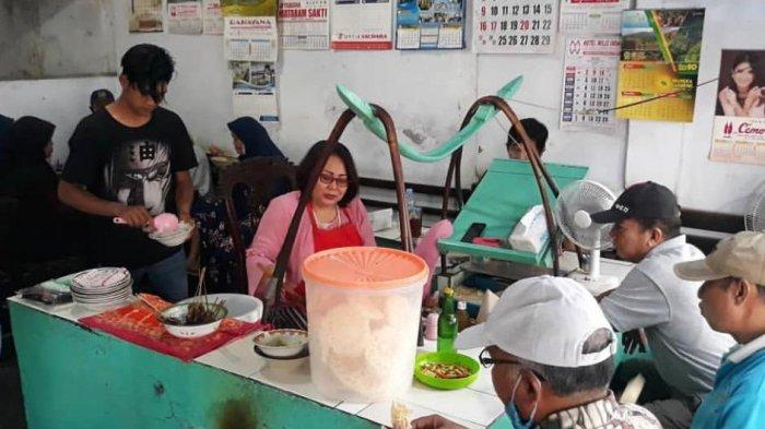 Nasi becek khas Nganjuk kuliner legendaris yang banyak diminati wisatawan