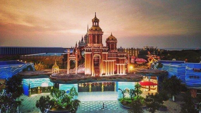 Menikmati Sensasi Dingin Istana Es Atlantis Land Surabaya