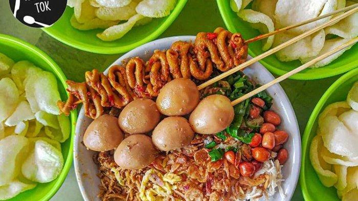 4 Tempat Makan Bubur Ayam di Surabaya yang Cocok Buat Sarapan