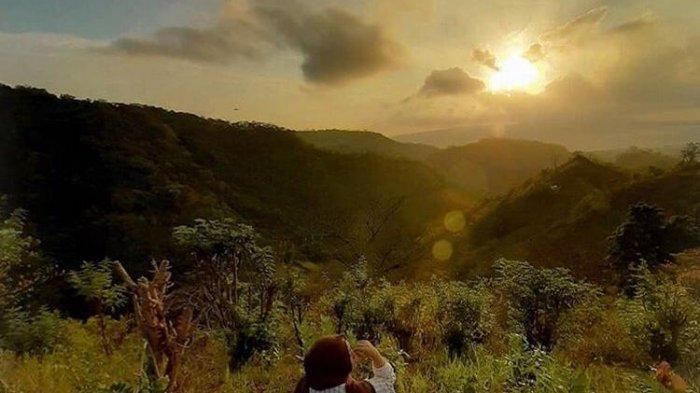 Akses Lokasi Bukit Sewu Sambang, Wisata Menantang Pemandangan Selat Bali dan Gunung Raung