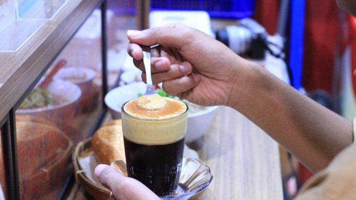 Mencicipi Egg Coffee, Kopi Kental dan Lembutnya Krim Telur yang jadi Khas Vietnam