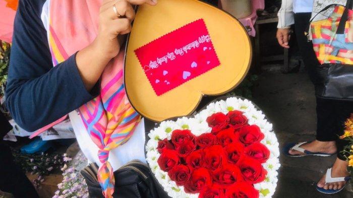 Penjualan Bunga Mawar Laris Manis, Flower Box Jadi Tren Valentine 2020