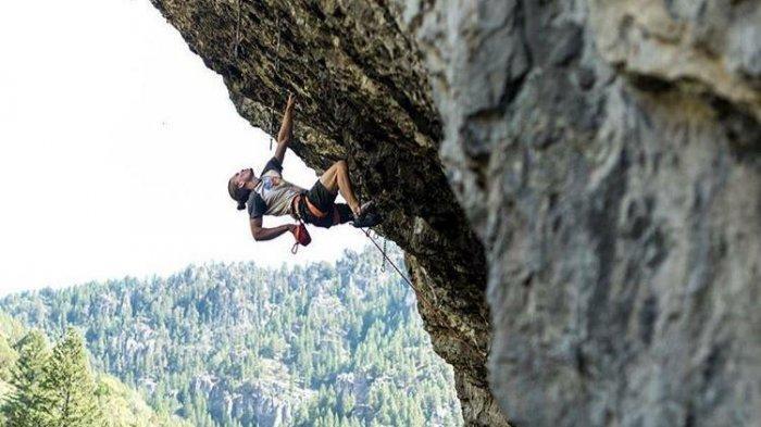Tebing Maha Waru Cok Gunung Wisata alam di Pamekasan, Cocok Untuk Olahraga Adrenalin