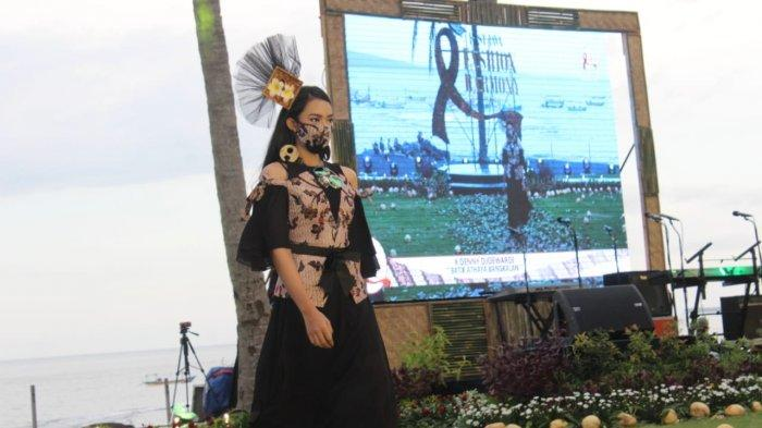 East Java Fashion Harmony 2020 Populerkan Batik Gringsing, Ditonton Enam Negara
