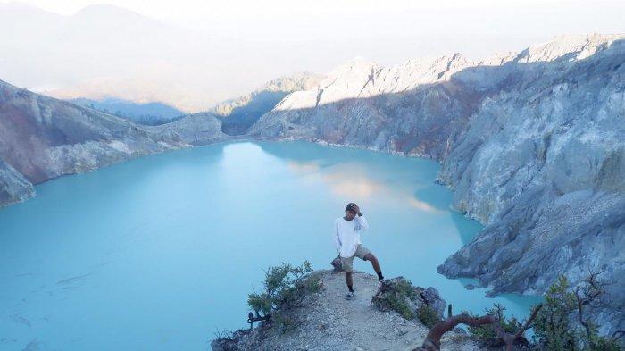 Pertama ke Kawah Ijen? Simak Tips Persiapan Mendaki Gunung Ijen