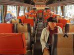 penumpang-bus-terminal-purabaya.jpg