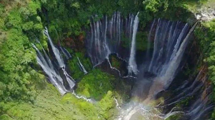 Menikmati Panorama Alam Wisata Air Terjun Tumpak Sewu Lumajang Jawa Timur