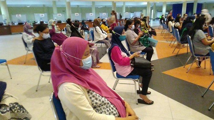 Mengaku Lega, Ribuan Ibu Hamil Surabaya Antusias Ikut Vaksin Dosis Pertama