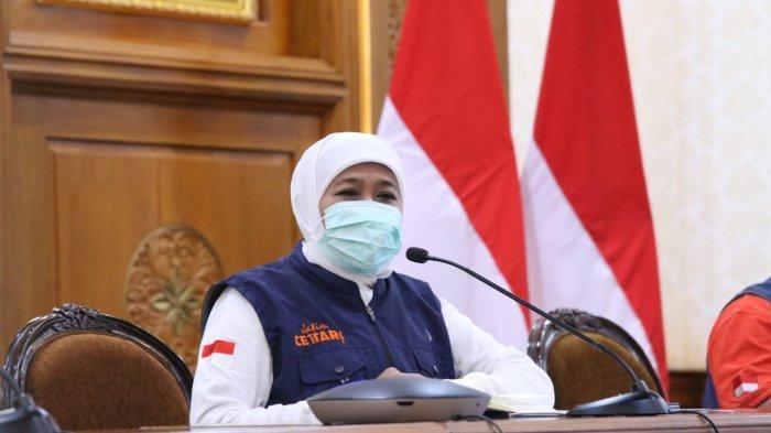 Gubernur Jawa Timur, Khofifah Indar Parawansa menyebut peringatan Hari Buruh Internasional tahun ini diselimuti keprihatinan mendalam.