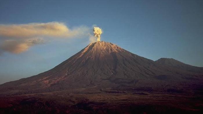 Mulai 13-23 Mei 2021, Wisata Gunung Bromo dan Pendakian Gunung Semeru Resmi Ditutup