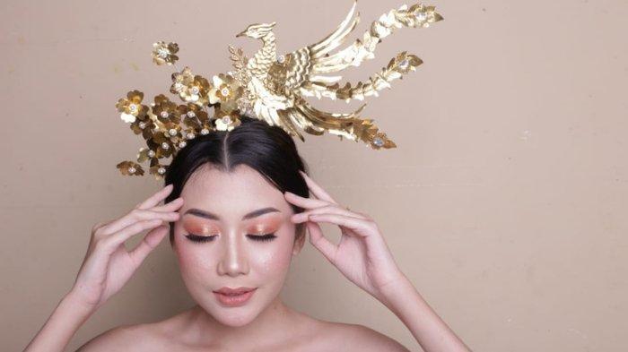 Keindahan Mahkota Burung Phoenix Karya Nuries Taufan, Lambang Burung dalam Mitologi Tiongkok