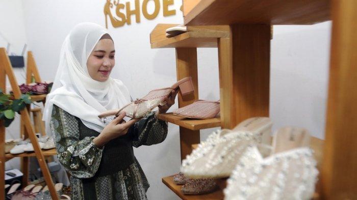 Tips Merawat Sepatu Lace dan Sepatu Beads Tanpa Dicuci, Siapkan Silica Gel