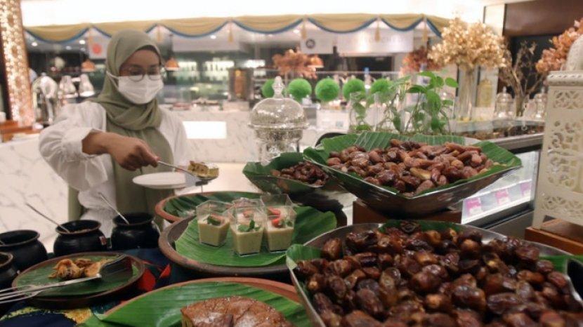 Incip Menu Iftar Berbagai Olahan Kurma di Shangri-La Hotel Surabaya, Ada Cake hingga Es Krim Kurma