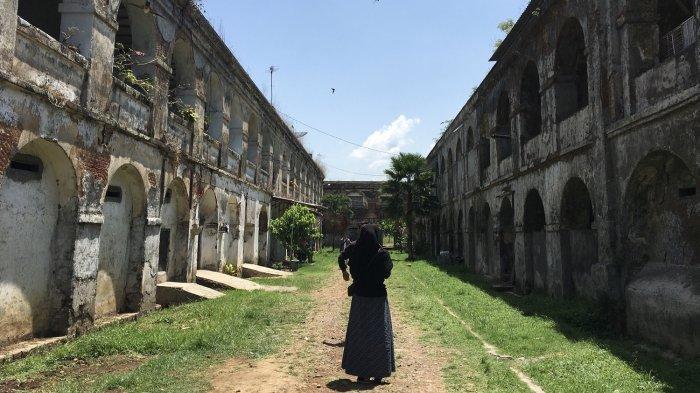 Berburu Foto di Bangunan Bersejarah Benteng Pendem Ambarawa