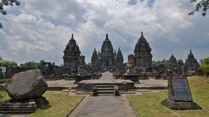 Ngabuburit Sambil Menikmati Senja Hanya Rp 65 Ribu di Candi Prambanan dan Ratu Boko