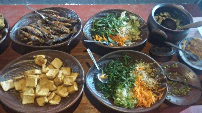 Mencicipi Berbagai Kuliner Tradisional Khas Bantul di Griya Dhahar Jawi