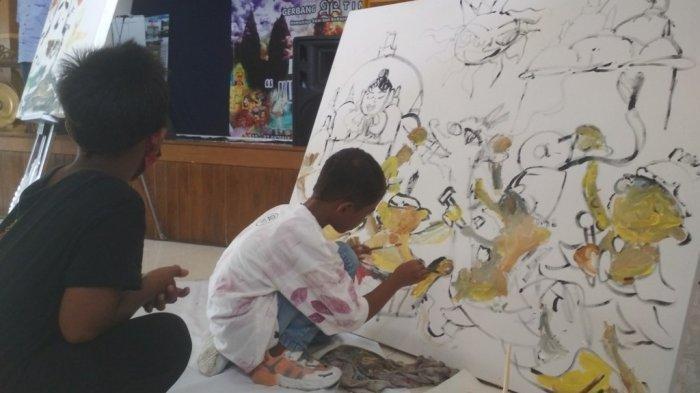 Kisah Torres, Seniman Cilik Asal Yogyakarta, Pelukis Unik Bisa Melukis Pakai Dua Tangan Sekaligus