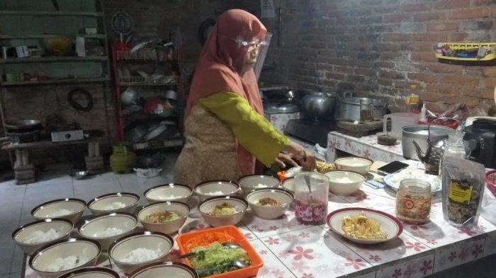 Mencicipi Soto Kembang Durian di Omah Durian Mangros