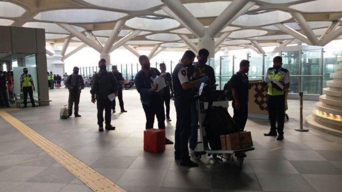 Calon Penumpang Hingga Masyarakat Umum Mulai Padati Bandara YIA