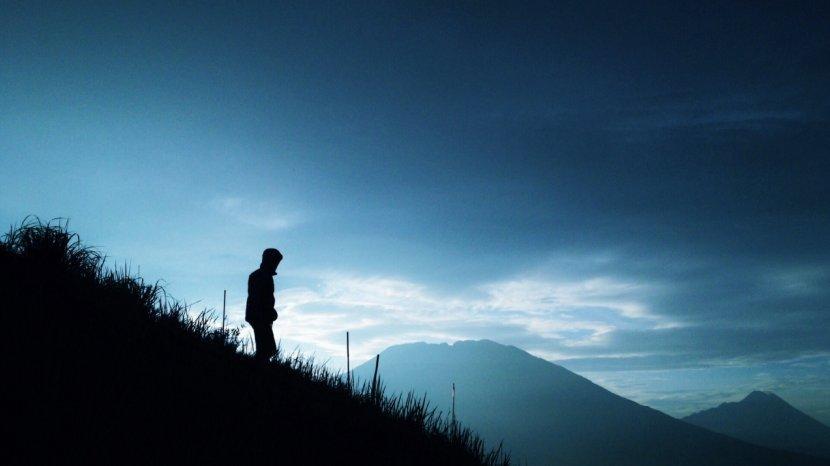 Tips Mendaki Gunung Saat Musim Hujan