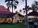 queen-of-the-south-beach-resort-restaurant.jpg