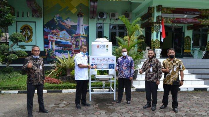 Di Tengah Pandemi Covid-19, Pengelola XT Square Beri Bantuan ke Pemkot Yogyakarta