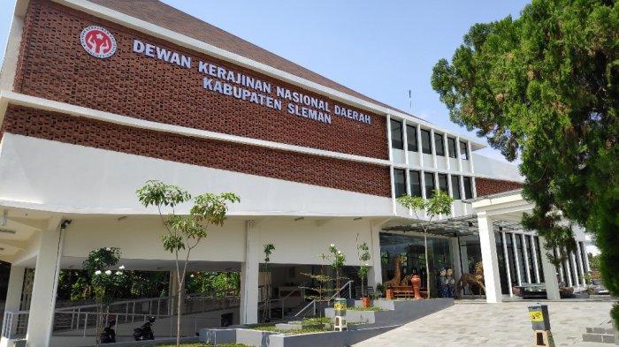 Borong Bareng Produk Kerajinan di Gedung Dewan Kerajinan Nasional Daerah (Dekranasda) Sleman