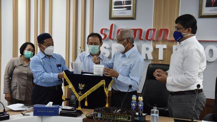 Pemerintah Kabupaten Sleman Kick Off Implementasi Teknologi Wolbachia dalam Pengendalian DBD