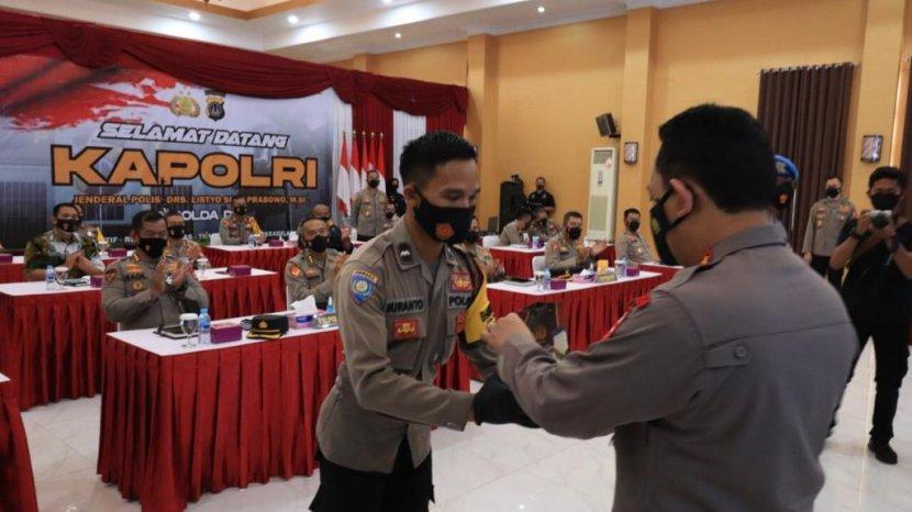 Dua Anggota Polda DIY Mendapat Penghargaan dari Kapolri Berupa Kesempatan Sekolah Perwira