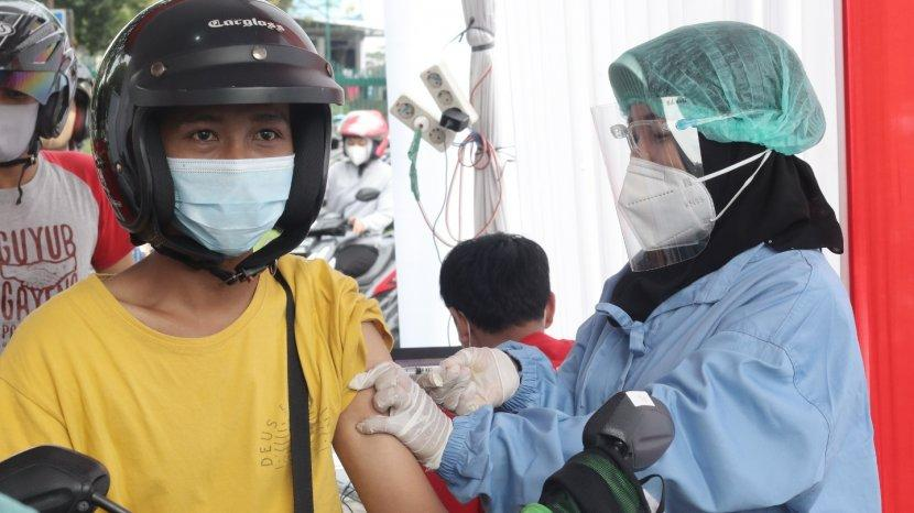 Dukung Wisata Aman, Halodoc & Gojek Buka Pelayanan Vaksinasi Covid-19 Drive Thru di Candi Prambanan